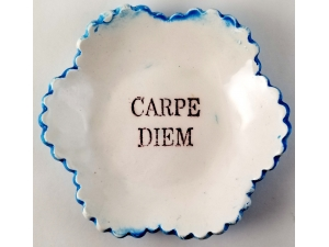 Tiny Plate Carpe Diem